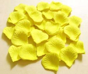 10 torba Beyaz / Sarı ipek gül yaprağı yaprakları düğün iyilik parti dekorasyon 1000 adet