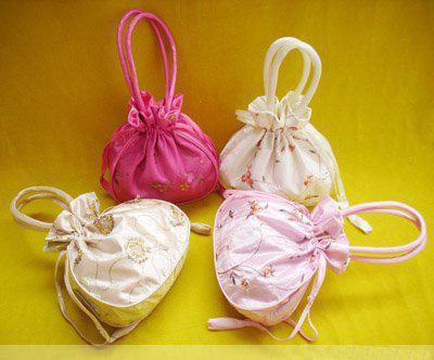 Sacchetti di regalo della festa nuziale grandi con frutta ricamata con le borse borsa della moneta Donna borse di imballaggio con coulisse di seta cinese 22x22 cm /