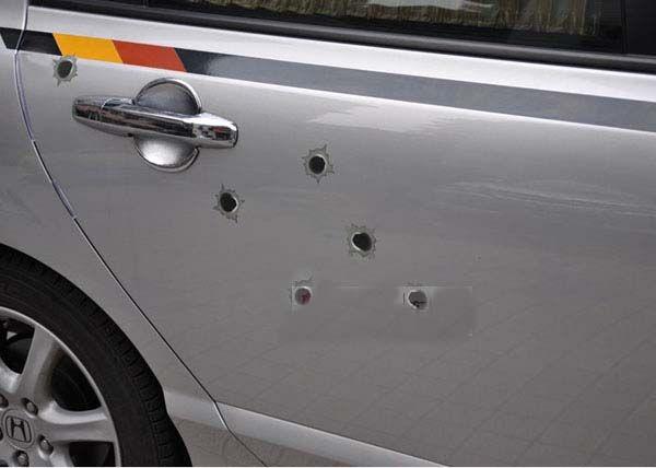100 teile / los 32 Gefälschte Kugel Löcher Auto Aufkleber Aufkleber Lustige Vinyl Aufkleber personalisierte auto aufkleber