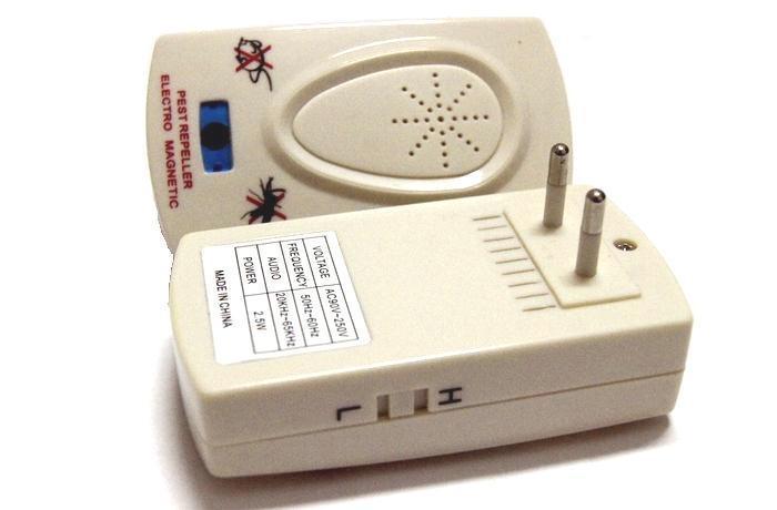 El repelente ultrasónico anti de la CA del mosquito de la alta cobertura para los ratones de las ratas del insecto libera el envío