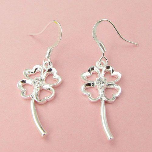 Mode fabricant de bijoux beaucoup Crystal Pierced Clover boucles d'oreilles 925 bijoux en argent sterling prix usine Fashion Shine Earrings