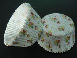 Canada belle 4.5inch 500pcs mignonne vigne de fleur avec des revêtements blancs de cupcake de couleur faisant cuire des caisses de muffin de tasse de papier pour la partie cheap vine paper Offre