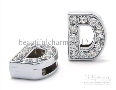 Commercio all'ingrosso / 8mm D strass pieno Bling lettere di diapositive diy accessori misura 8mm portachiavi braccialetto di cuoio 0003