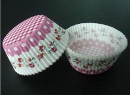 Deutschland reizende 4.5inch nette 50x33cm 500pcs kreuzen Streifen pinkwhite Blumenzwischenlagen, die Papierschalenmuffinfälle für Parteibevorzugung backen Versorgung