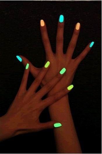 XD Işıltılı Nail Art Lehçe Son Noctilucent floresan ışık Oje karanlıkta Glow 11 renk