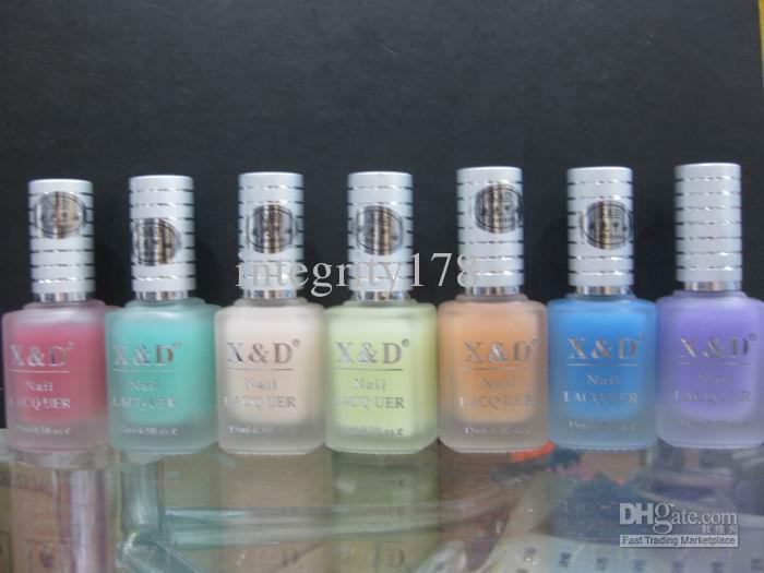 XD Luminous Nail Art Polish Latest Noctilucent fluorescent light Nail polish Glow in dark 11colour