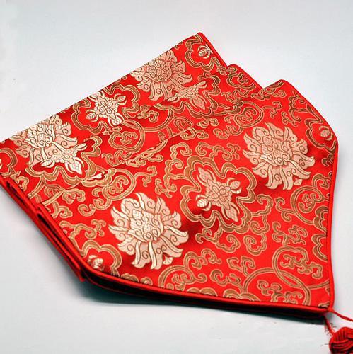 red 300 x 33cm
