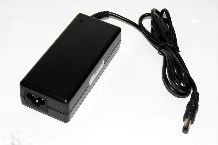AC100 ~ 240 V DC 12 V 5A 60 W Güç Kaynağı Adaptörü Kablosu için LED Stirp Dengesi değiştirici jack 5.5 * 2.5mm