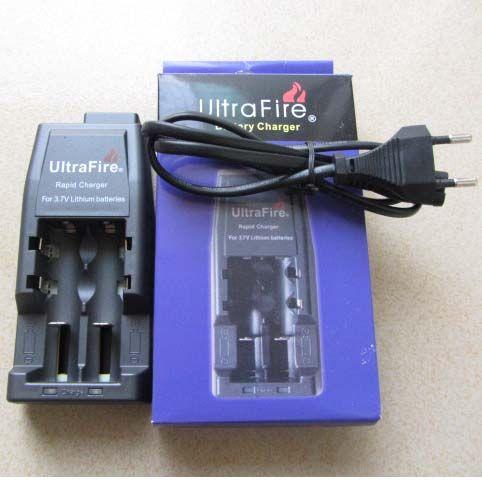 무료 DHL, 18650 3.7V 리튬 충전지 용 UltraFire WF-139 급속 충전기 (EU 또는 미국 플러그)