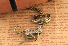 Wholesale Kitty Girl Vintage - European and American jewelry vintage diamond necklace sweater chain sexy kitty cat girl