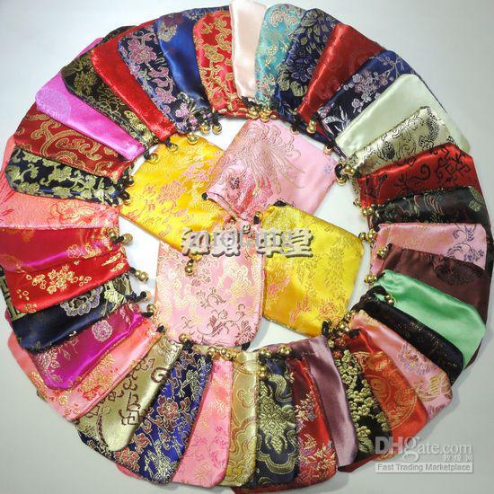 Preiswerte handgemachte kleine Silk Gewebe-Kordelzug-Beutel-Schmucksache-Speicher-Beutel-Großverkauf-Tuch-Geschenk-Verpackungs-Münzen-Tasche / geben Verschiffen frei