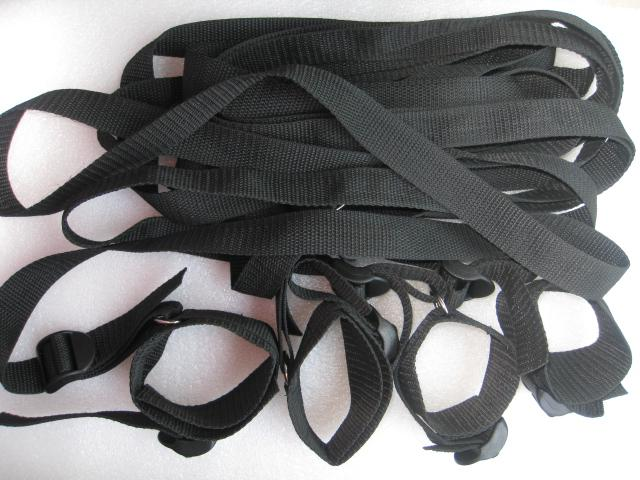 Sous le lit ceinture de retenue avec des poignets de la cheville poignet BDSM Bondage Adult Fun Sex Toys pour les couples JD1070