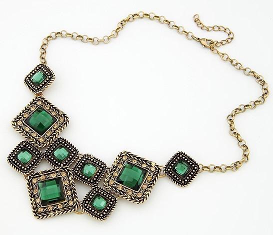 Halsketten Das Gericht Set Multilayer Bejeweled Halsketten kurze Kette