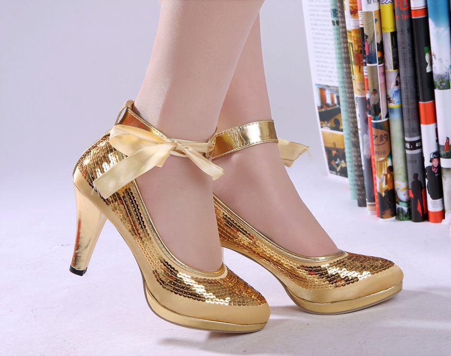 Wide Width Bridal Wedding Shoes Gold Closed Toe Kitten