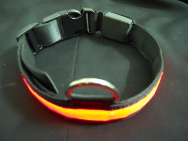 30pcs lots fournitures pour animaux de compagnie colliers pour animaux haute visibilité clignotant LED lumière chien de compagnie chat collier de sécurité Tag