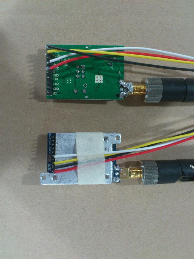 2.4ghz 1w 8channel émetteur audio vidéo et le récepteur, 1000m en place ouvert émetteur vidéo FPV
