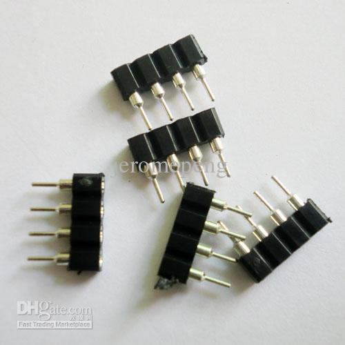 100 stks 4pin vrouwelijke LED-strip-connectoren voor RGB LED-striplicht