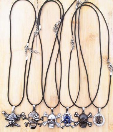 Vintage Deri Kordon Titanyum Paslanmaz Çelik Kafatası Kolye Kolye Şık Takı Erkekler women20pcs