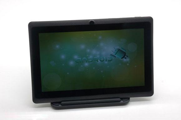 7 inch dual core A23 Q88 Tablet PC with Capacitive Multi Screen , 512MB 4GB
