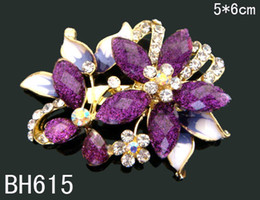 Wholesale Costume Fashion Christmas Jewelry - Wholesale hot sell Women Zinc alloy rhinestone flowers fashion Brooches costume jewelry Free shipping 12pcs lot mixed color BH615