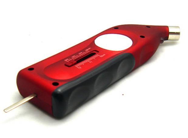 Nouveau LCD portable de voiture solaire de puissance solaire LCD de mesure de pression atmosphérique de pneu de jauge de pneu livraison gratuite