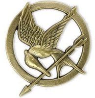 Meilleur match 60PCS * JEUX DE FAIM Katniss Mockingjay Bird Broche Pin Prop or argent