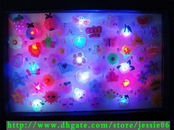 LED flash ring 3 led lights cartoon animal rings changing colors lighting Soft rubbe ring jewelry ss