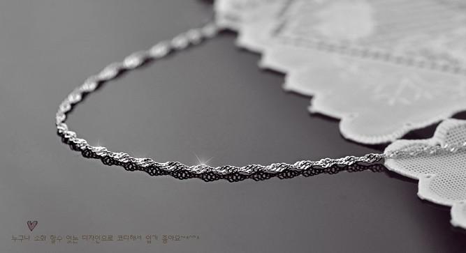 groothandel korea mode 925 sterling zilveren ketting voor vrouwen water wave ketting sieraden 10 stuk / partij maat 400 mm en 450 mm breedte 1,5 mm