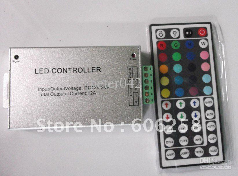 O controlador remoto colorido do RGB do ânodo comum de 44key 12V, rgb de alumínio conduziu o s livre do cargo do controlador da tira