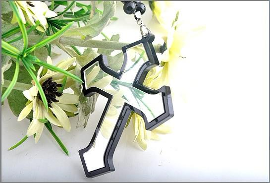 20% Rabatt! Acrylkreuzhalskette der Hip-Hop-neuen Art und Weise gute Qualitätsrosenkranzkorne freies Verschiffen