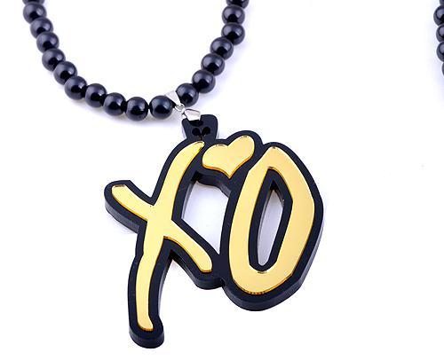 Fabrik preis! Gute Qualität Mix XO Anhänger Perlen Kette Acryl Perlen Rosenkranz Halsketten 20% Rabatt