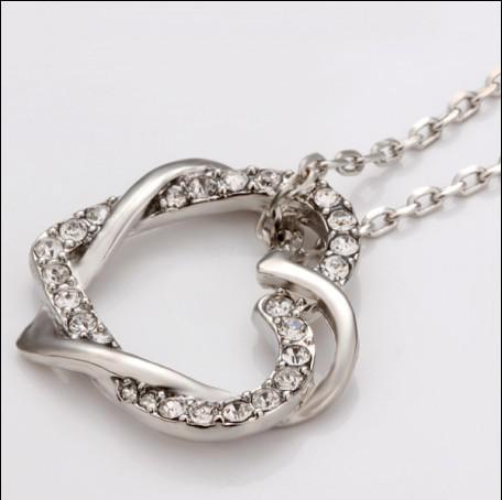 Hoge kwaliteit geplateerde 18K platina gouden Tsjechische diamant hart hanger ketting gratis verzending 10pcs / lot