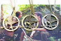 açlık oyunları, kolyeler toptan satış-10 adet alaşım HUNGER OYUNLAR Katniss Mockingjay Kuş Kolye altın gümüş Bakır