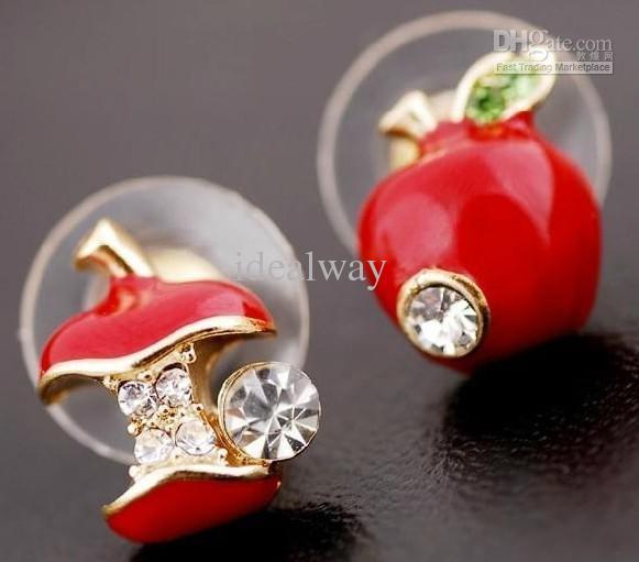 Orecchini a bottone a forma di mela con forma di mela e smalto verde mela smaltata a forma di cuore
