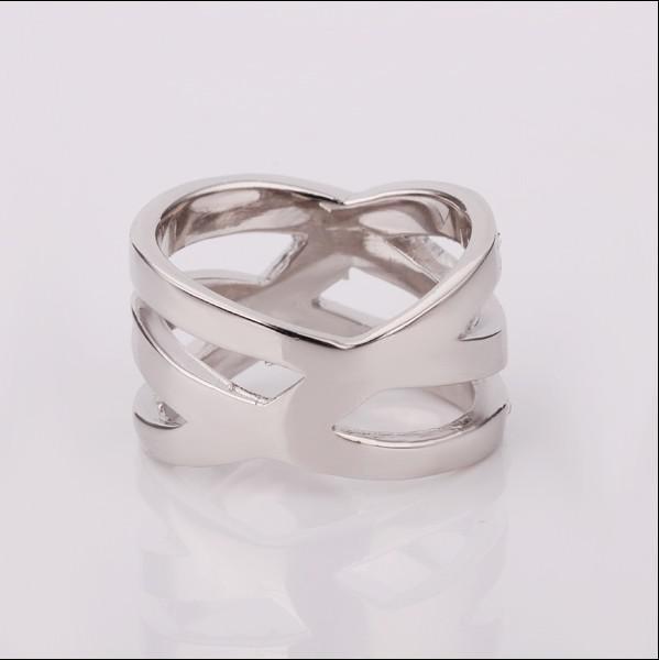 Fashion Top Smycken Pläterad 18K Platinum Guld Tjeckien Diamond Crystal Ring Gratis frakt 10st / Lot