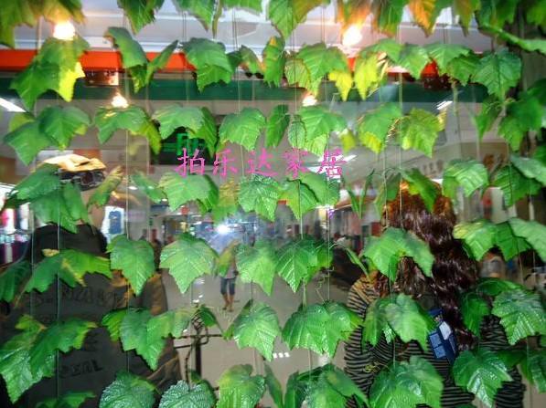 Simulering Konstgjorda gröna vinstockar av druvor stora bladlindning Vinblommor Heminredning 50m 100m /