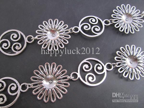 Partihandel - Antik silverpläterad metall tibetansk stil Vacker blomkedja 30mmx30mm, 3feet / pcs