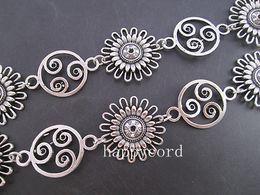 $enCountryForm.capitalKeyWord Canada - Wholesale-- Antique Silver Plated Metal Tibetan Style Beautiful Flower Chain 30mmx30mm,3feet pcs