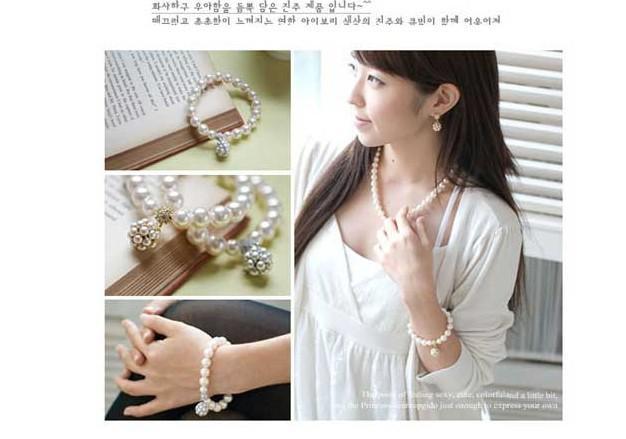Hot Nieuwe Gepersonaliseerde Parel Bal Armband Koreaanse Dame Zoete Ornamenten Sieraden Beaded Strands Armbanden Parel Armbanden 325