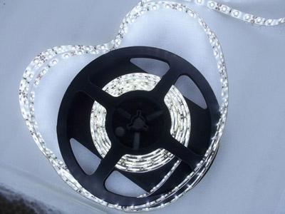 Realmente brilho superior 5m 3528led 7-8LM, placa de duas camadas PCB, 300LEDS, tira conduzida da cor branca, tiras conduzidas