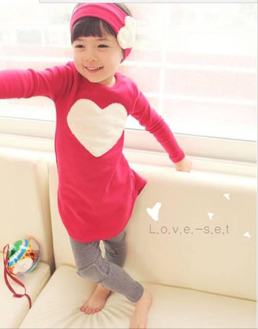 秋の子供服セット女の子服韓国の愛長袖Tシャツ+レギンスパンツ2個セット