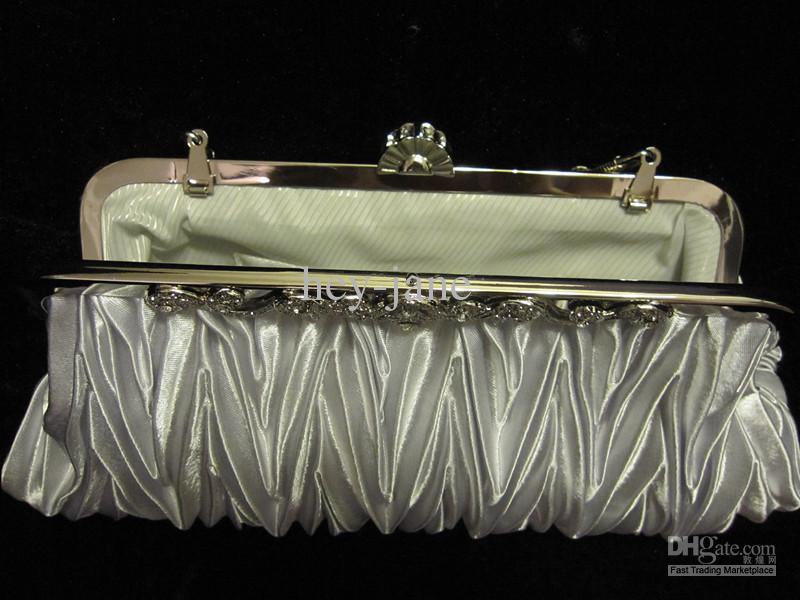 I lager Real Picture Silver Satin Pläterad String Bridal Handväska Koppling Kväll Party Handväska R001
