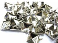 ingrosso bracciale in argento-500pcs 8mm argento piramidi borchie macchie punk rock nailheads fai-da-te scarpe spikes bracciale