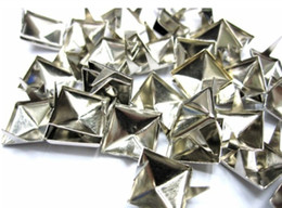 Wholesale Silver Spikes Studs - 500pcs 8mm Silver Pyramid Studs Spots Punk Rock Nailheads DIY Spikes Bag Shoes Bracelet