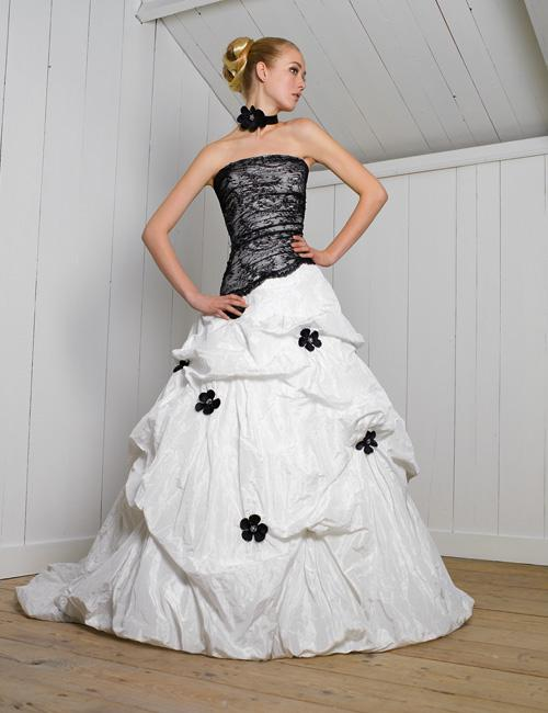 Hot Sale Black Lace Corset Bodice Bubble Skirt Preferred Wedding Dress  Bridal Gown Wedding Gown W359 Dress Designers Dresses On Sale From  Promtime   Hot Sale Black Lace Corset Bodice Bubble Skirt Preferred Wedding  . Corset Bodice Wedding Dress. Home Design Ideas