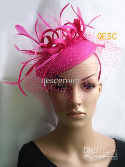 Hete roze / fuchsia vilt fascinator / bruiloft race carnaval fascinator met veren en sluier.