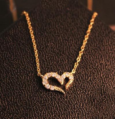 15 adet * Isteyen aşk kristal kolye Avrupa ve Amerika Birleşik Devletleri Mischa Barton favori Gümüş / Altın