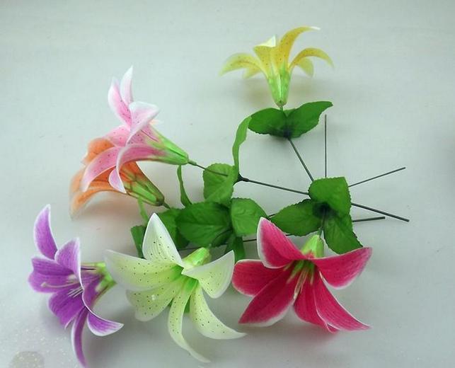 "Silk Single Stem Lily 240p 30cm/11.81"" Dia. 16cm Artificial Simulation Lilies Flower Wedding Christmas Party Decoration"