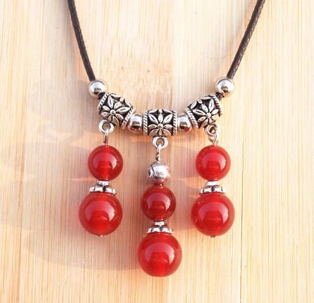Cordón de cuero hecho a mano de la vendimia Cuentas de ágata de cristal Colgante de plata tibetana Collar forma de calabaza 16pcs