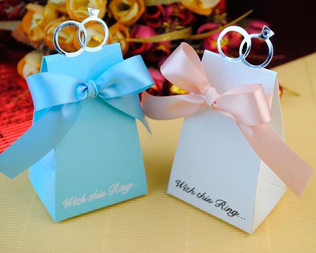 100 Hochzeit Faovrs Blue Ring Candy Boxes BOX, Geschenkschachtel, süße Geschenkboxen